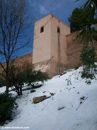 Torre Baltasar de la Cruz nevado