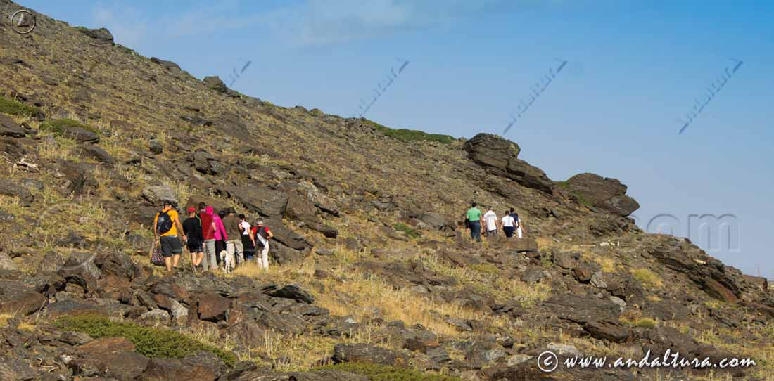 Ruta de Senderismo Familiar por el Barranco de San Juan - Espacio Natural de Sierra Nevada -