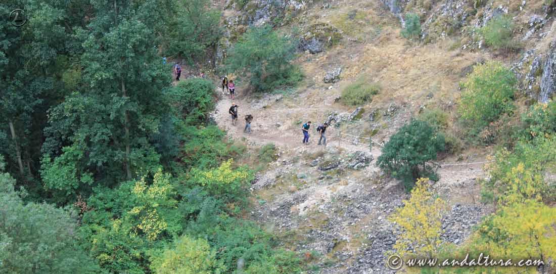 Ruta de Senderismo por Granada, de Olivares a Moclin