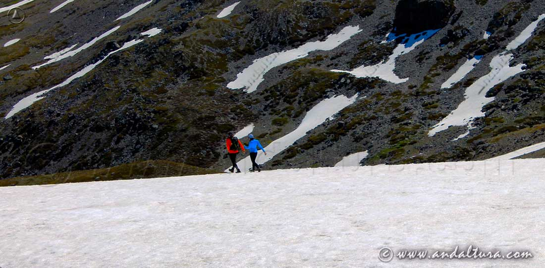 Ruta de Senderismo hacia los Lavaderos de la Reina - Parque Nacional de Sierra Nevada -