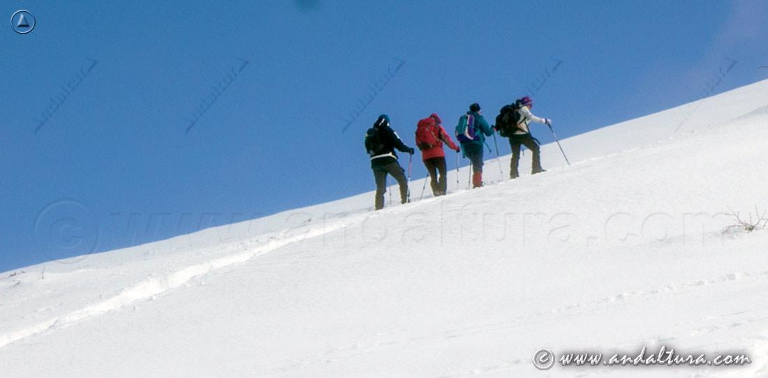 Ruta de Senderismo invernal por el Espacio Natural Sierra Nevada