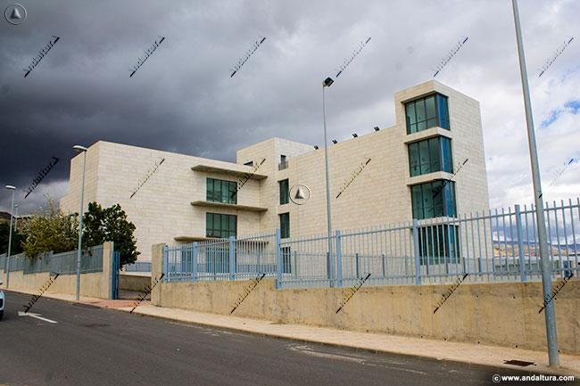 Casa de la Juventud de Vícar donde esta la sede social del Club Deportivo El Abejaruco que plagia contenidos sin permiso de Andaltura