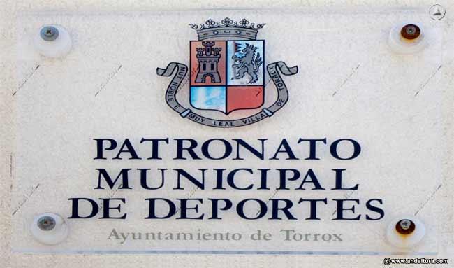 Placa del Patronato Municipal de Deportes de Torrox que copia y plagia los contenidos de Andaltura sin nuestro permiso