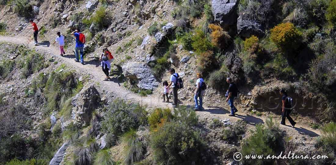 Ruta de senderismo familiar con niños en Andalucía - Los Cahorros -