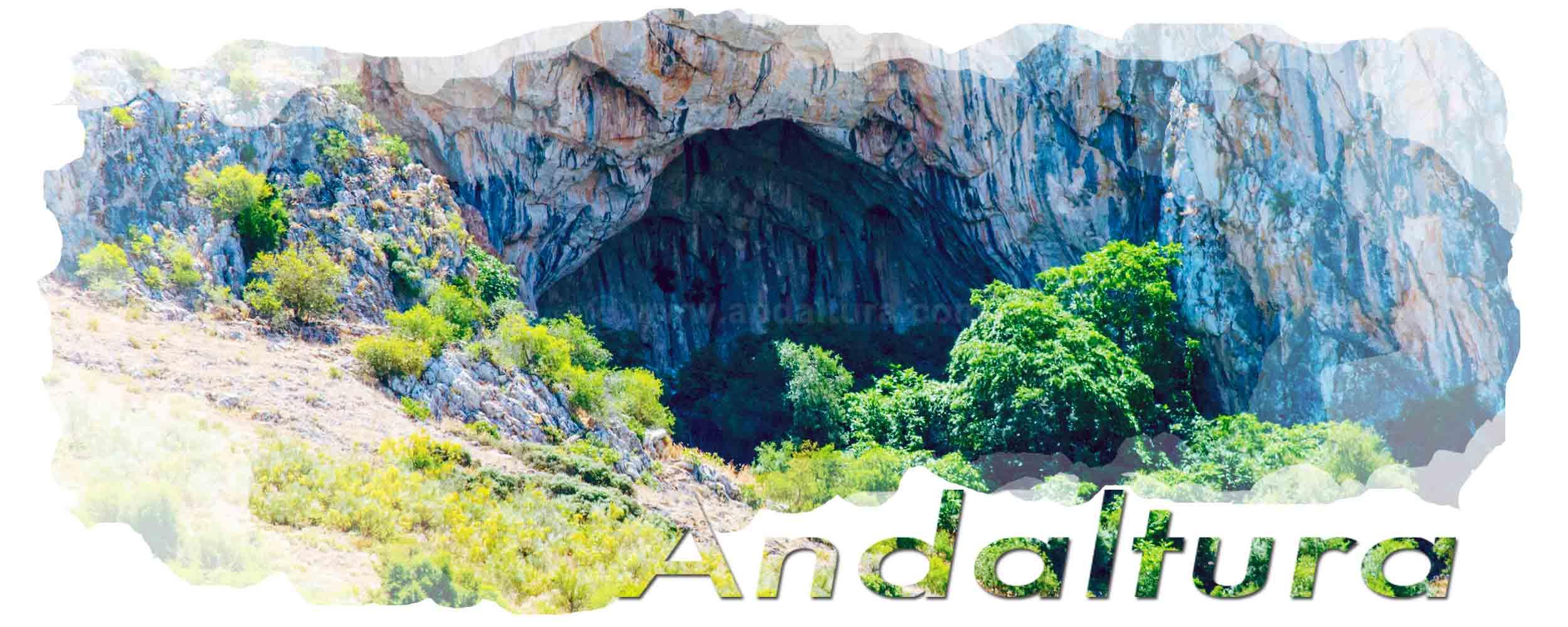 Cabecera plagio ruta GR7 de Mecina-Bombarón a Yegen. Cueva de las Gradas