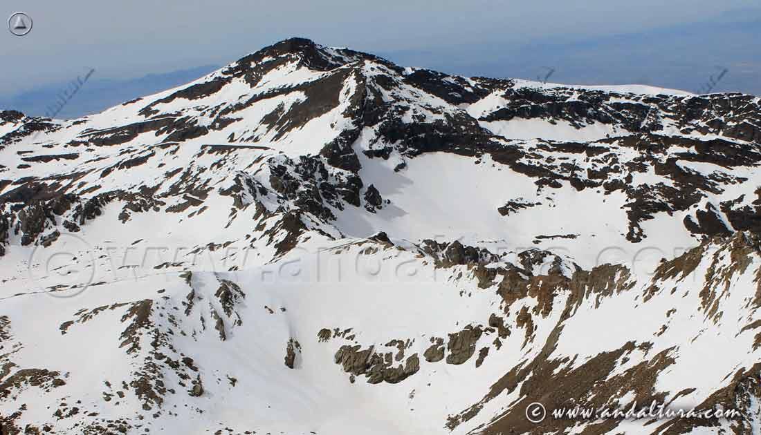 Tresmiles de Sierra Nevada desde el Techo de Andalucía