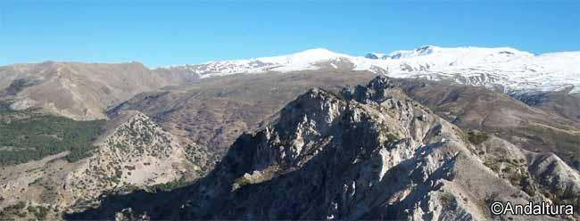 Espacios Naturales Protegidos de Andalucía - Ruta por los Alayos de Dílar -