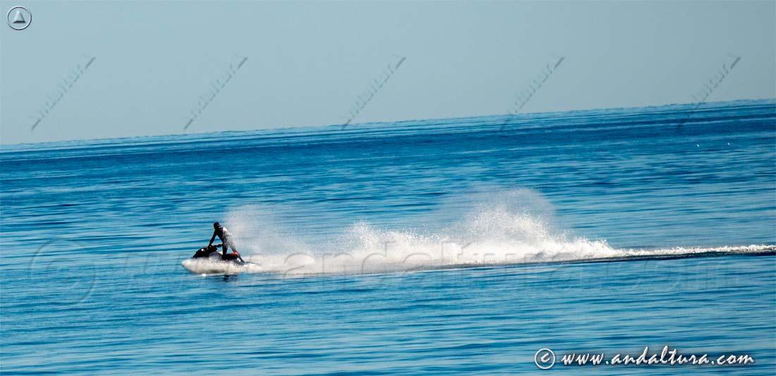 Actividades turísticas en Andalucía - Alquiler de motos acuaticas -
