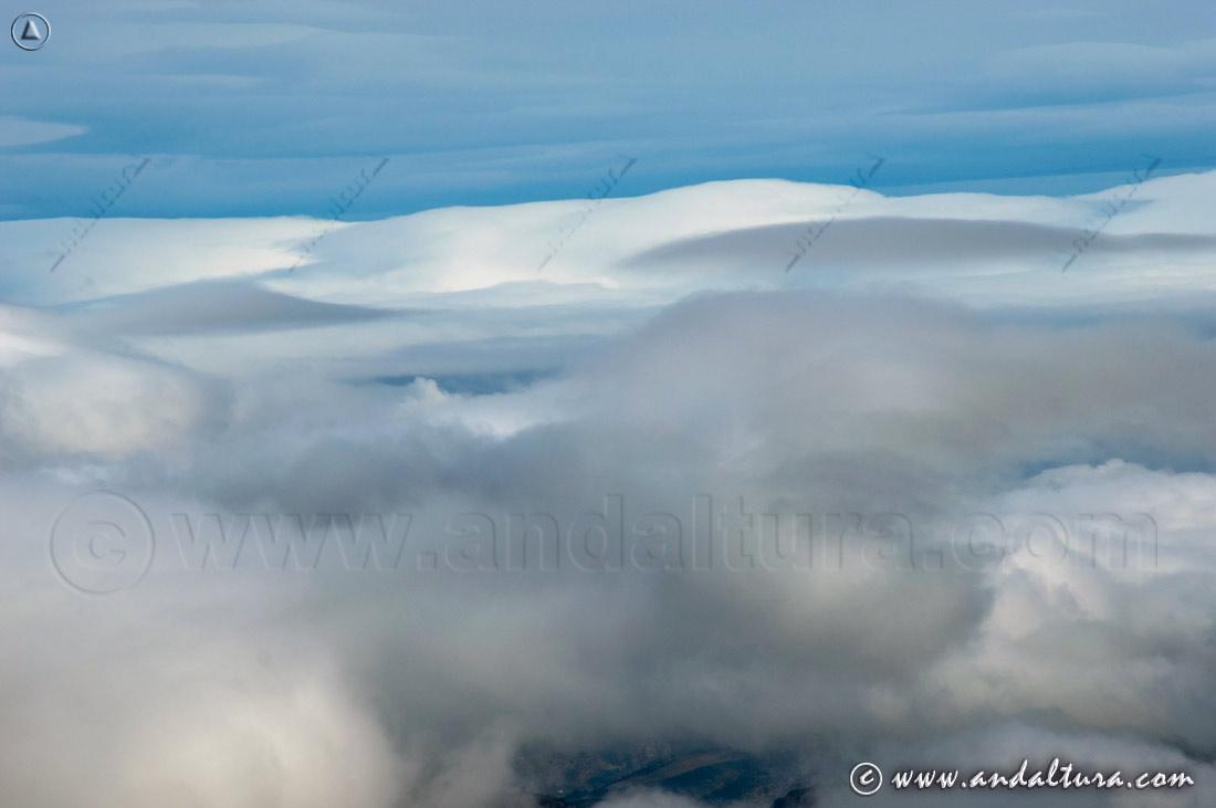 Mar de nubes desde la Cima del Torreón