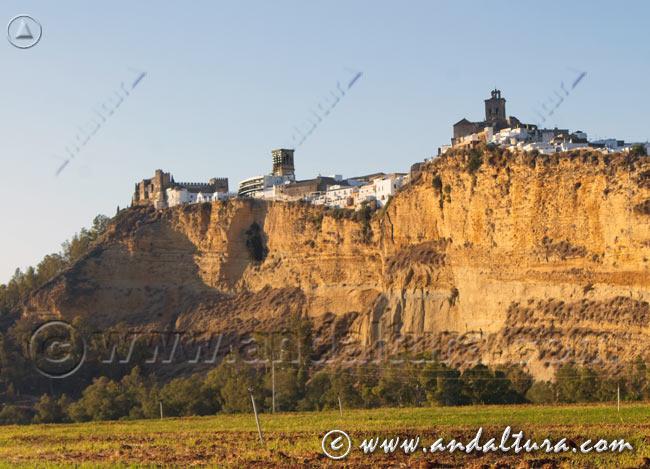 Espacios Naturales Protegidos de Andalucía - Monumento Natural Peña de Arcos de la Frontera