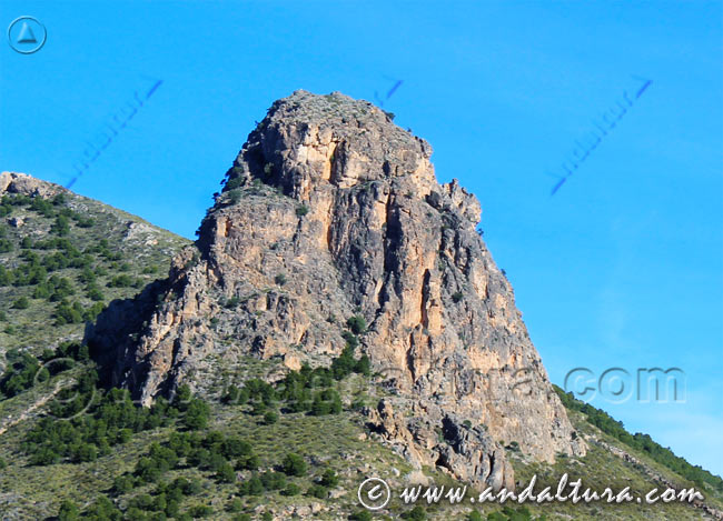 Espacios Naturales Protegidos de Andalucía - Monumento Natural Peñón de Bernal