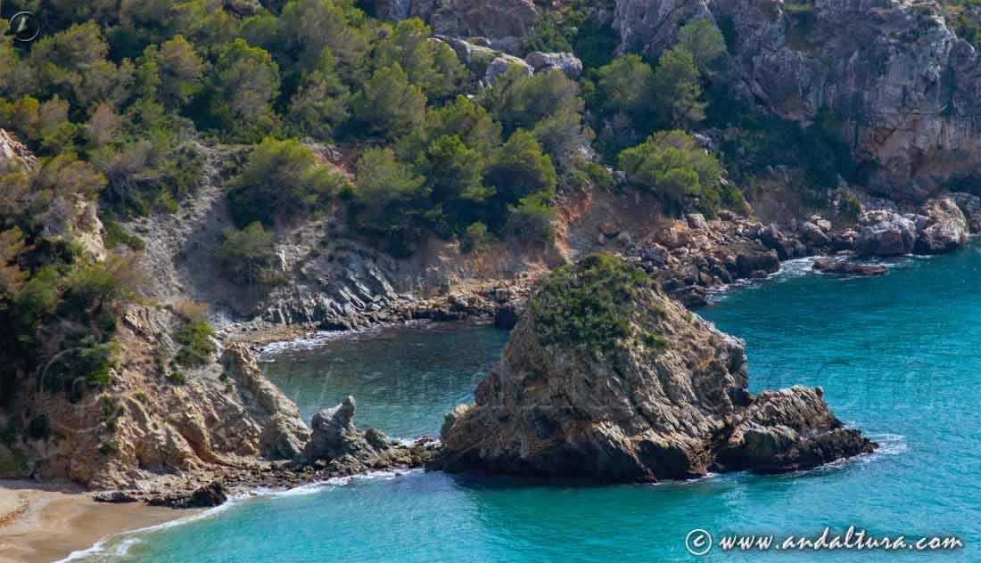 Espacios Naturales Protegidos de Andalucía - Calas Vírgenes en el Paraje Natural Acantilados de Maro - Cerro Gordo