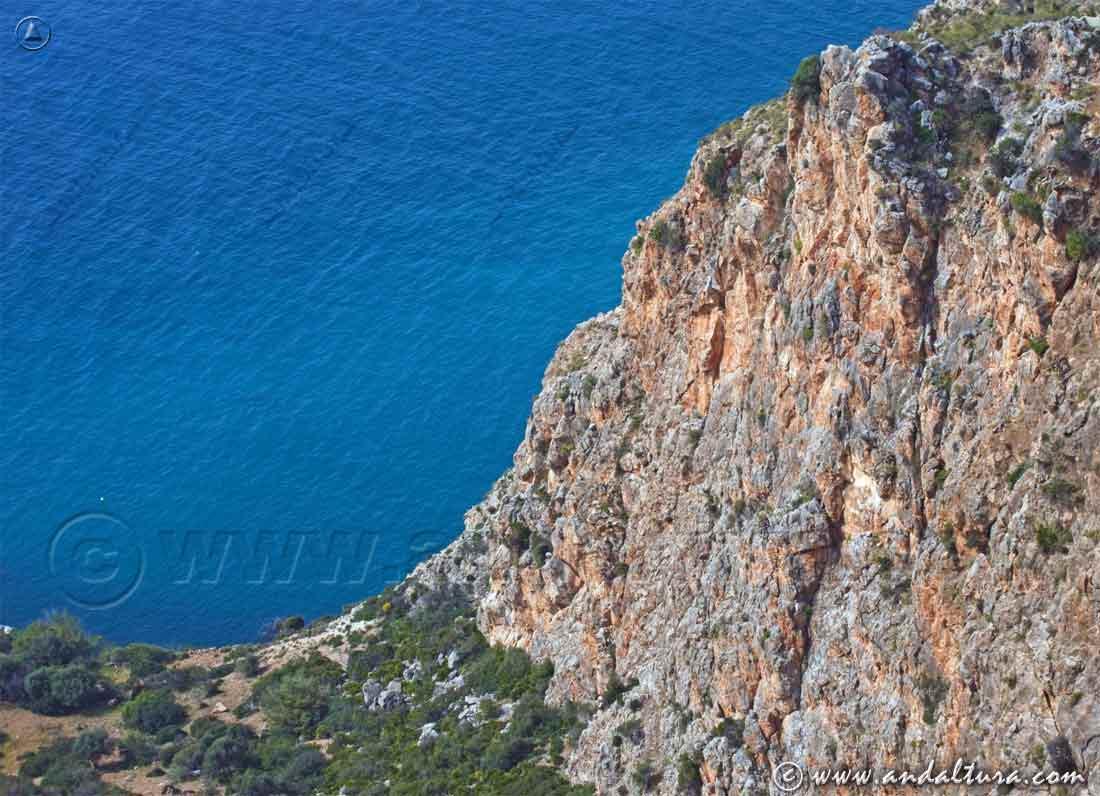 Espacios Naturales Protegidos de Andalucía - Paraje Natural Acantilados de Maro - Cerro Gordo