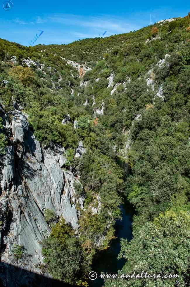 Espacios Naturales Protegidos de Andalucía - Parque Natural Sierras de Cazorla, Segura y Las Villas - Río Guadalquivir