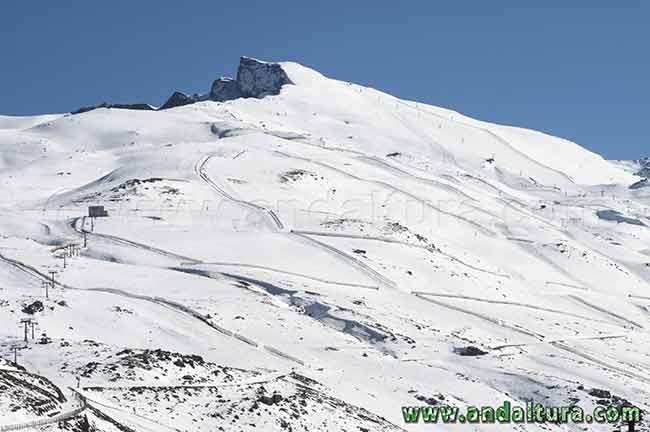 Veleta y Valle de Monachil, Áreas Esquiables de Cauchiles-Parador y Veleta
