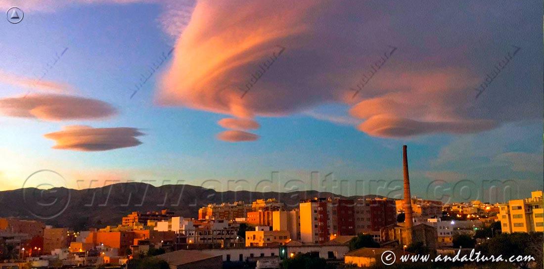 Nubes sobre la ciudad de Granada