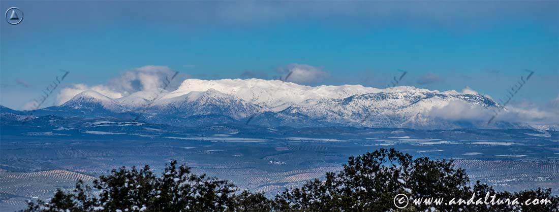 Impresionante nevazo sobre Sierra Mágina