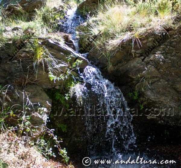 Cascada de la Acequia del Portichuelo de Cástaras