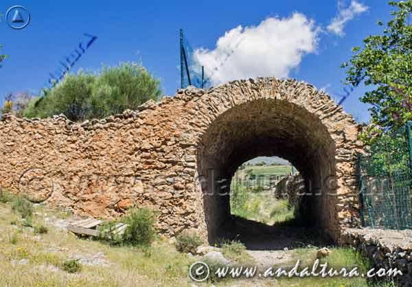 Túnel de la Fabriquilla - la Ruta Medieval de la Alpujarra -