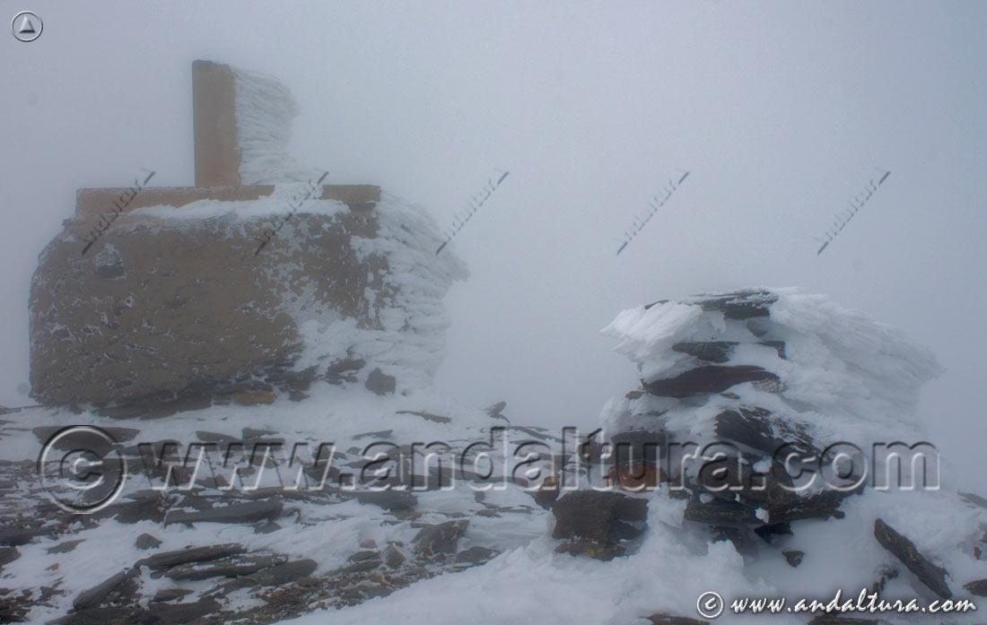 Vértice Geodésico Chullo - Ruta Invernal por el Parque Nacional de Sierra Nevada -
